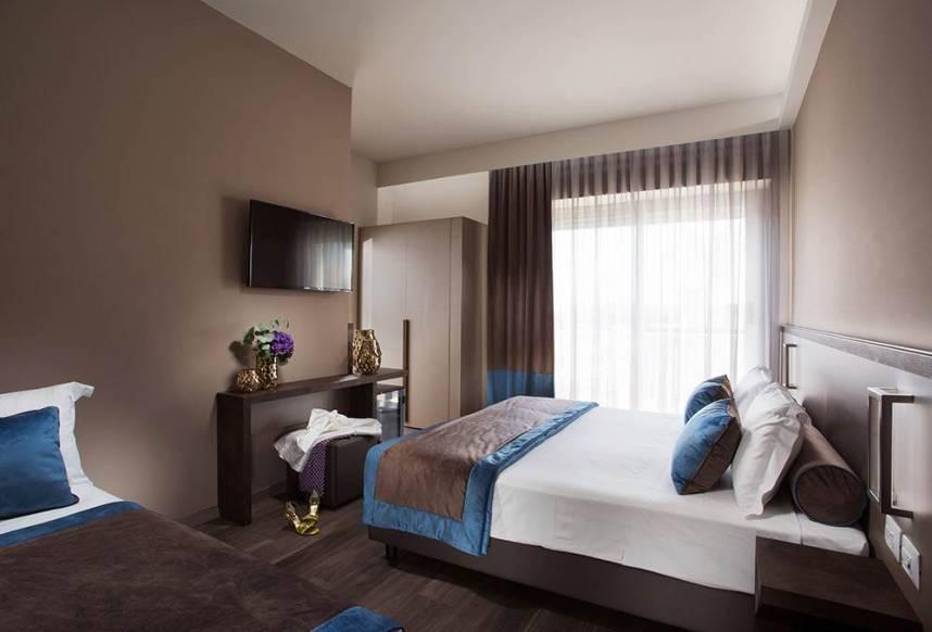 camera deluxe hotel rimini 4 stelle