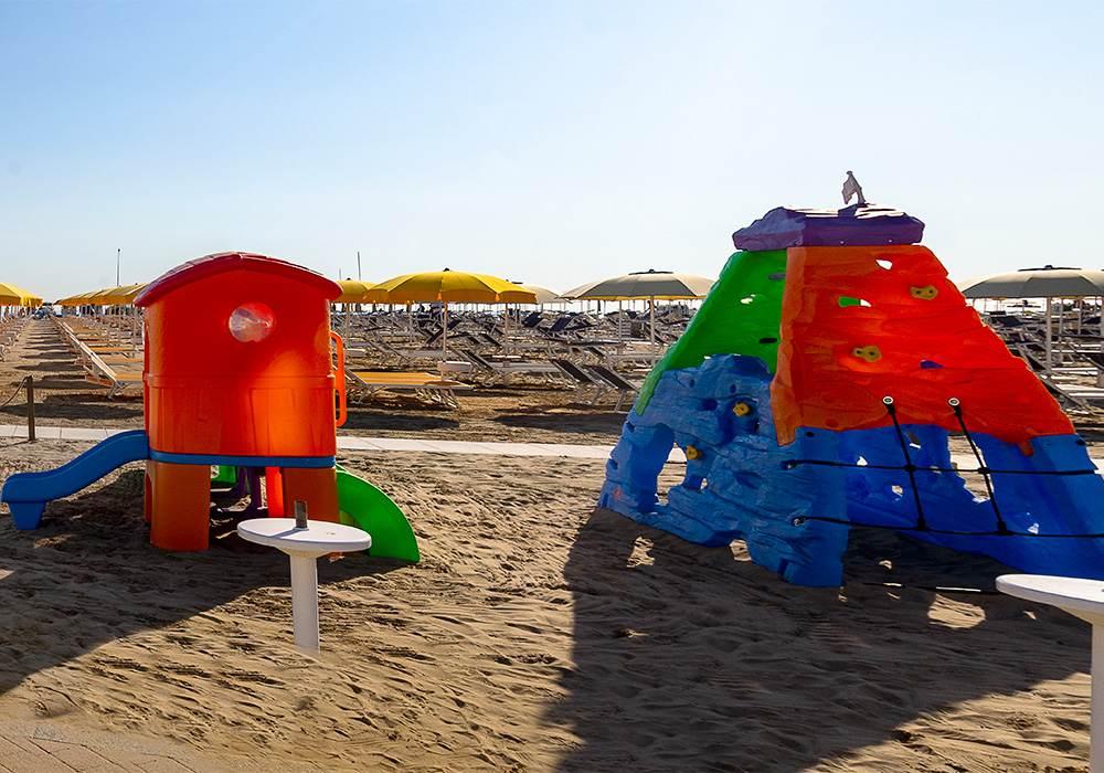 spiaggia 32 la fenice rimini