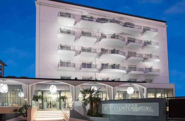 Facciata Hotel Continental Rimini