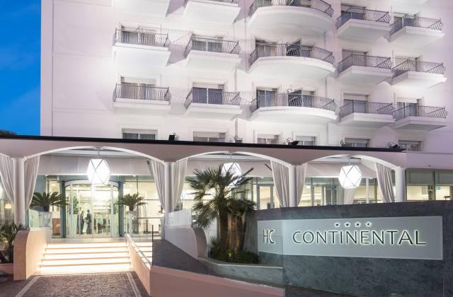 Ingresso Hotel Continental Rimini